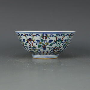 China-antique-Porcelain-Qing-yongzheng-blue-white-doucai-painting-flower-bowl