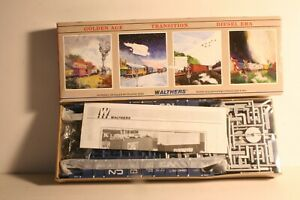 HO-932-3905-Walthers-70-039-Cars-Canadian-National-CN-5-Unit-Double-Stack-Set-KIT