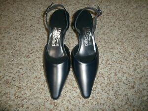 NWOB-Salvatore-Ferragamo-Sling-Back-Leather-Pumps-Navy-Blue-Size-5B-Shoes