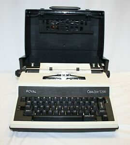 Vintage Royal Cavalier / 1200 Typewriter with Cover