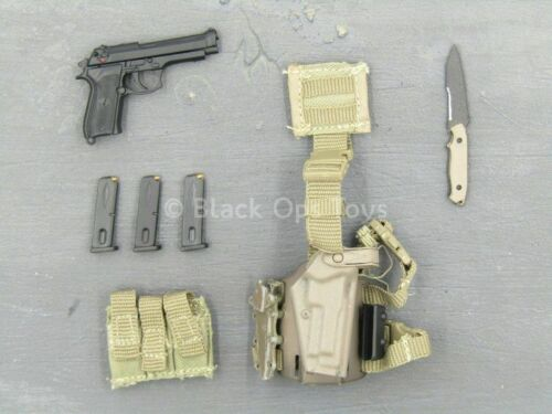 1//6 Scale Toy U.S ARMY-Spec Ops-PISTOLET M9 /& Dropleg Holster Set