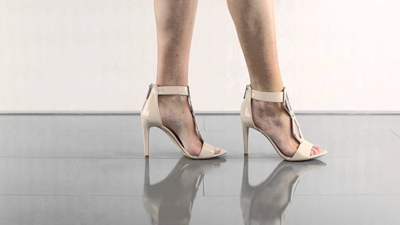 BCBGeneration Cayce 7.5 M M M Beige Patent Open Toe Sandals Ankle Cuff Stiletto New 16d31c