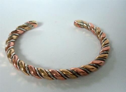 Avon Cuff Bracelet Vintage 1977 AVON /'New Twist/' Cuff Bracelet w Original Box Tri Tone Copper Brass Nickel Bracelet Vintage Avon Jewelry