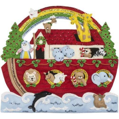 """Bucilla 16/""""x15/"""" Kit de apliques de fieltro colgante de pared-Noah /'s Ark Navidad"""