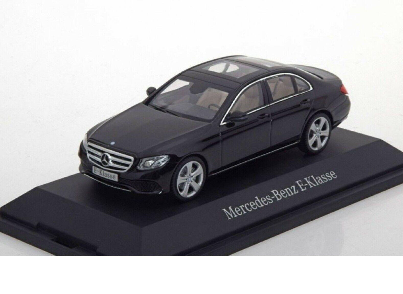 Original Mercedes-Benz Classe E Noir volcan, voiture modèle de iScale, 1 43