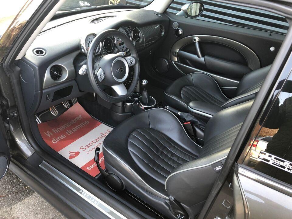 Mini Cooper S 1,6 Park Lane Benzin modelår 2007 km 108000