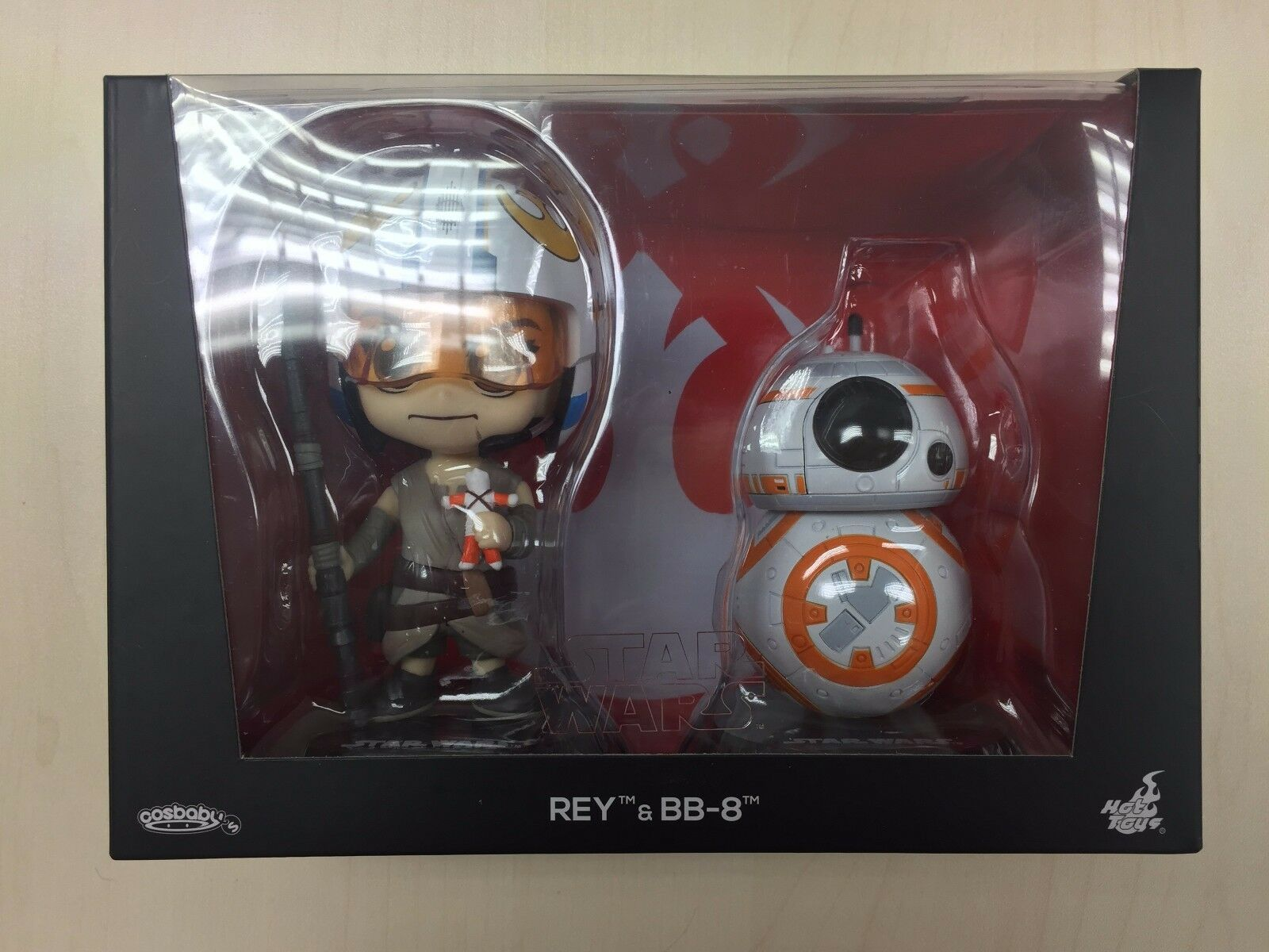 Hot Toys COS 404 Cosbaby Star Wars Rey (Helmet Version) & BB-8 Set NEW