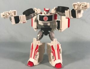 Transformers-Robots-in-Disguise-RATCHET-Complete-Rid-Warrior-2015