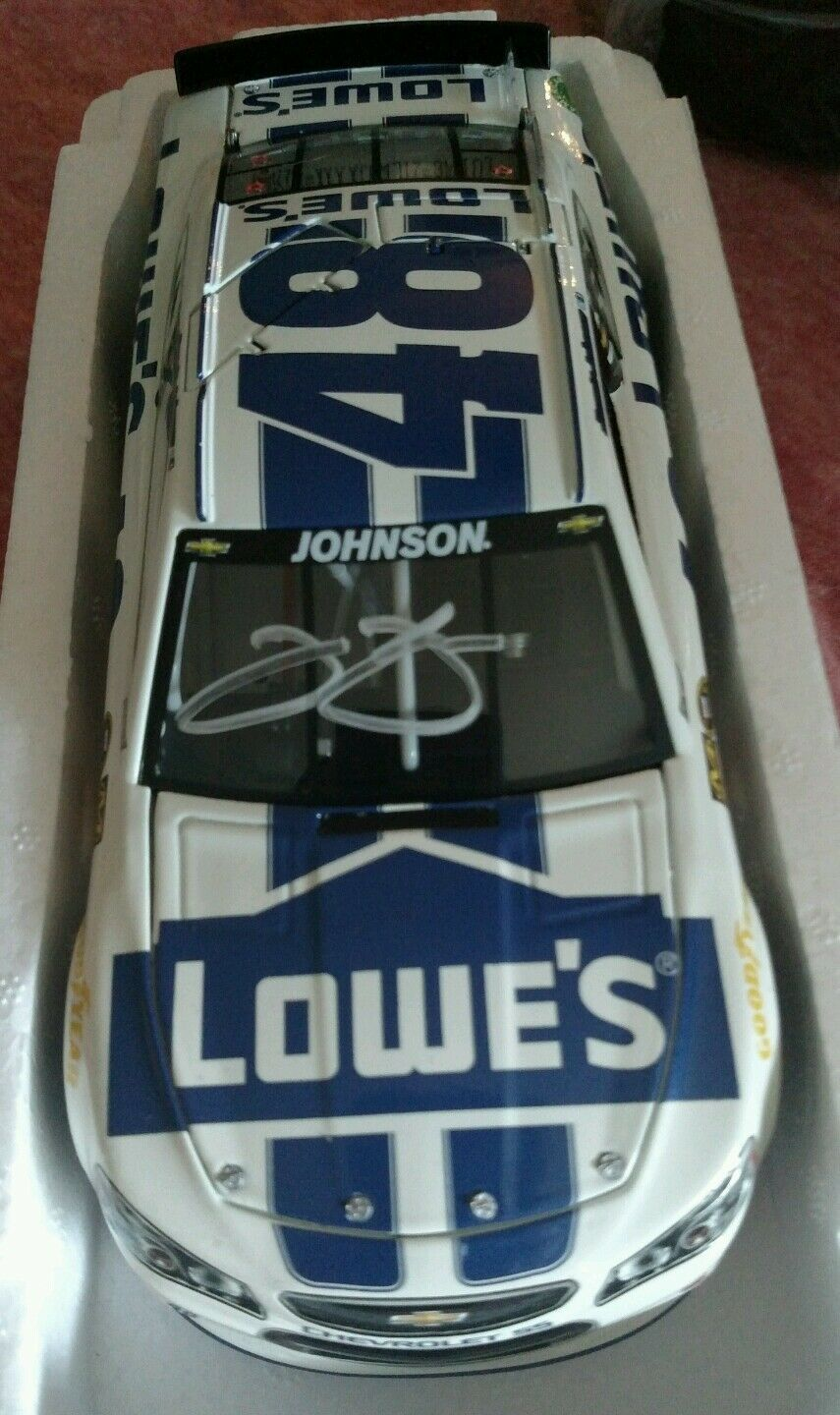 Hand Signed Autographed Jimmie Johnson 2014 Lowe's Weiß and Blau.