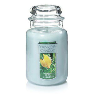 ☆☆APRIL SHOWERS☆☆LARGE YANKEE CANDLE JAR~ FAST FREE SHIPPING☆☆GREAT SCENT