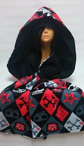 Skull and Crossbones Argyle Fleece Scoodie with Beanie Hat