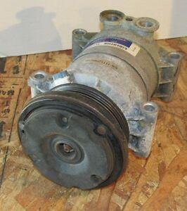 GM Chevy Blazer Air Condtioner A/C Compressor P/N 620145 LQQK!