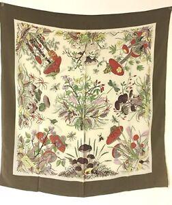 b838307902d6 Caricamento dell immagine in corso Gucci-Foulard -Seta-Silk-100-Vintage-Fantasia-Bosco-