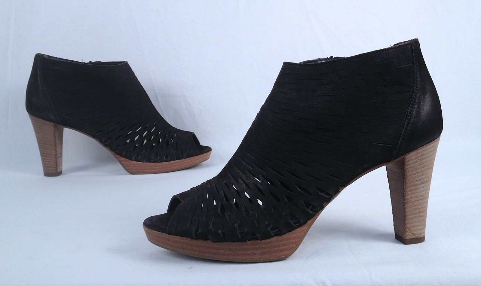 NEW   Paul verde Perforated Perforated Perforated Sandal- nero- Dimensione 9 US  6.5  398  (BB7) a4a995