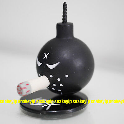 "WHITE ANARCHY Bomb 1.5/"" mini vinyl figure w//Stand Kozik WTF Party Fun Pack Toy2R"