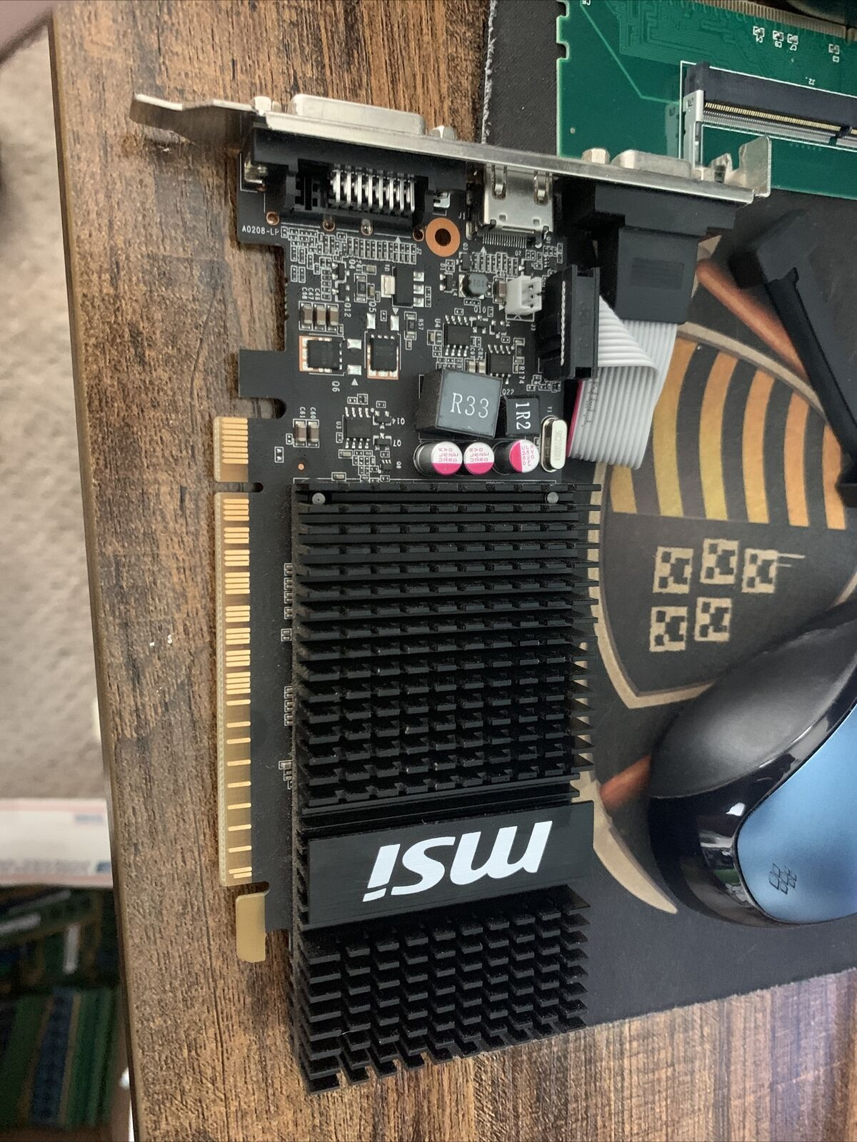 *MSI N720-1GD3HLP graphics card GeForce GT 720 1 GB GDDR3 untested working pull