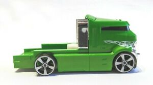 Hot-Wheels-Shark-Challenge-Rig-Vehicle-Green-Cab-only-V2358-2011-Scale-1-64