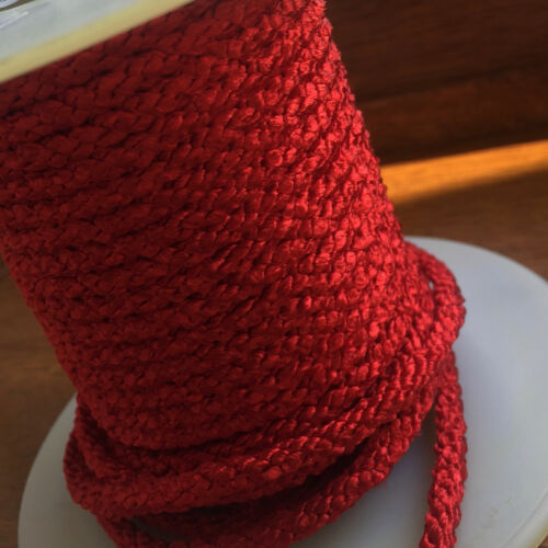 4MM BRITISH TRIMMINGS X 5 METRES RED LACING CORD