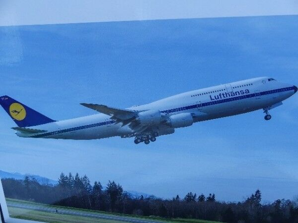 1 200 Herpa LUFTHANSA BOEING 747-8 Intercontinental retro 557221
