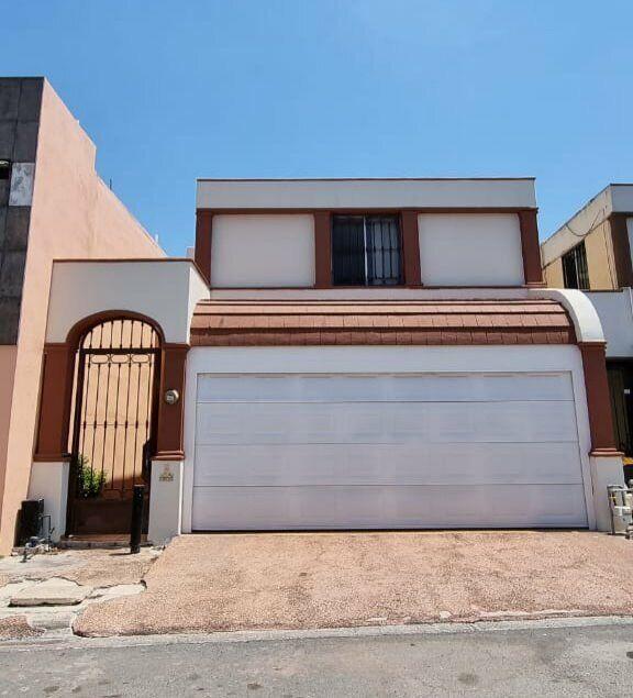Casa en Venta Col Cerradas de Anahuac Escobedo NL