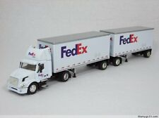 1:64 DG FedEx Federal Express VOLVO double container trailer truck model (L)