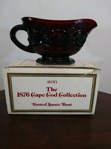 Avon-The-1876-Cape-Cod-Collection-Ruby-Red-Vintage-1988-footed-sauce-bowl