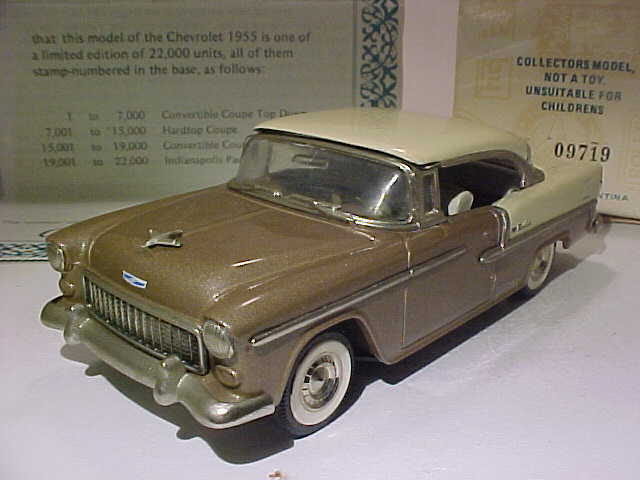 Chevrolet BelAir 1955 Hardtop Coupe samlaor s Classics silverina 1  43 tärningskast