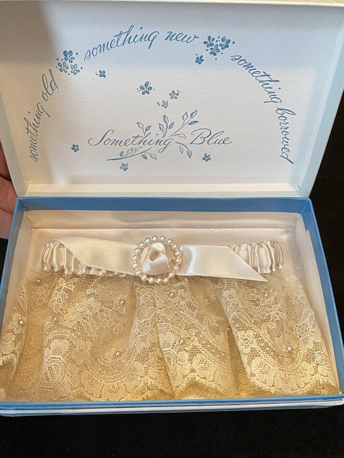 Vintage MCM Bridal Lace Offwhite Ladies Wedding Garter by Ann Seton Designs NIP