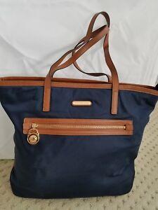 Preowned Michael Kors Kempton Navy Blue Nylon Tote Shoulder Handbag ... 6ce782f63