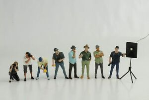 Figurine-Week-End-car-Show-Jeu-8-Piece-Femme-Homme-Journaliste-1-24