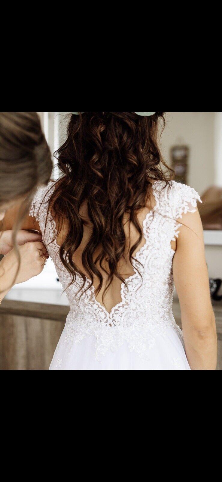 Womens Beautiful White Long Tulle Lace Wedding Dress Size XS - UK 6