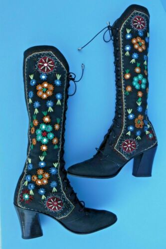 Vintage 60s 70s Jerry Edouard Boots Embroidered Go