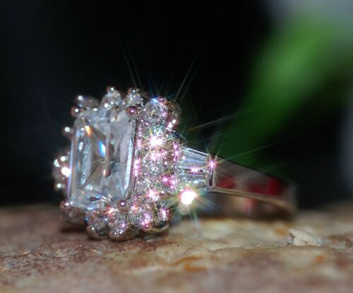 1.5ct emerald cut DIAM0ND cluster ring size N 7