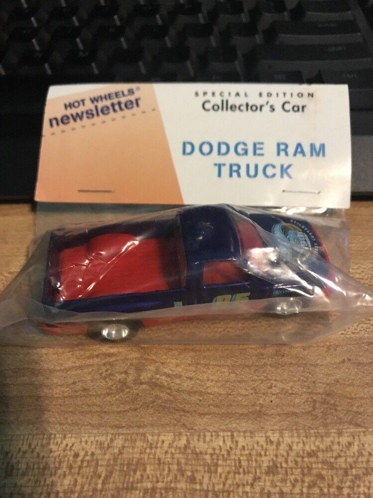 alta calidad general Hot Wheels boletín 19th convención anual Camioneta Camioneta Camioneta Dodge Ram Azul Y Rojo Bolsa Con  marcas de diseñadores baratos