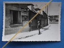 Foto Frankreich 1940 Deutscher Soldat Wegweiser Gressy, Meaux, La Villette Paris