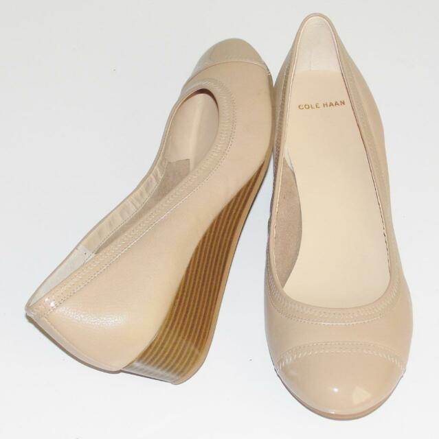 COLE HAAN~NWOB~$180.00~NUDE~PATENT LEATHER CAP TOE *ELSIE* LOW WEDGE SHOES~8.5