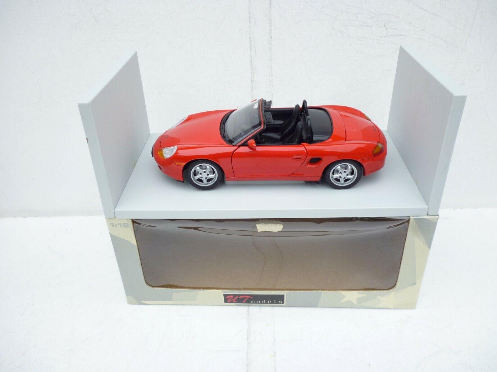 UT Models Modellauto 1 18 Porsche Boxter Congreenibele  In Racing Red M Boxed