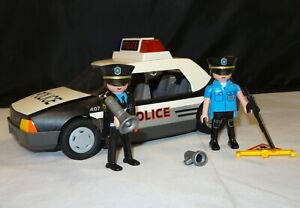 Playmobil-5915-City-Action-Police-Car-w-Flashing-Lights