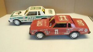 GAY-TOYS-INC-HARRY-GANT-SKOAL-BANDIT-amp-1-UNO-CAR1-24-SCALE-11-034-NASCAR