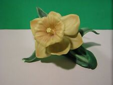 LENOX YELLOW DAFFODIL GARDEN Flower Figurine MINT - NO BOX