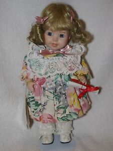 10-034-All-Porcelain-Little-Girl-Doll-Lindsey-By-World-Gallery-Dolls-1993