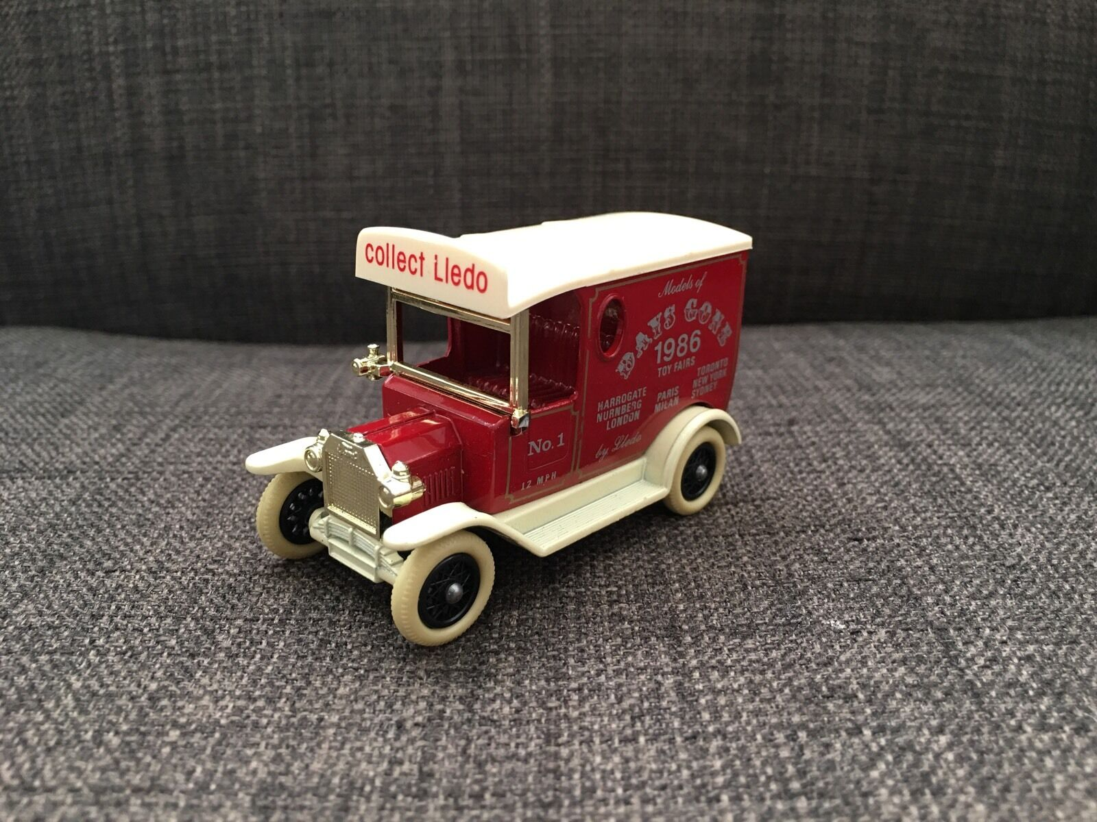 Lledo Days Gone Toy Fairs 1986 Model T Toy Car
