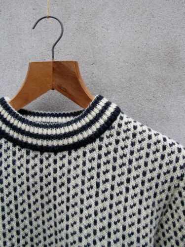 100 White Norwegian Wool Crew Island Norlender Jumper Charcoal By Knit off wrHT0xwX