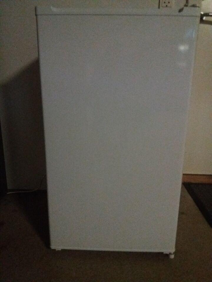 Andet køleskab, Matsui, 89 liter