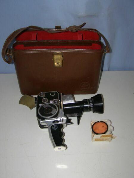 Ambitieux Caméra De Collection Bolex Paillard (1961 - Suisse) Modèle Zoom Reflex P1 éLéGant En Odeur