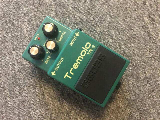 Tremolo TR-2   BOSS Pedal