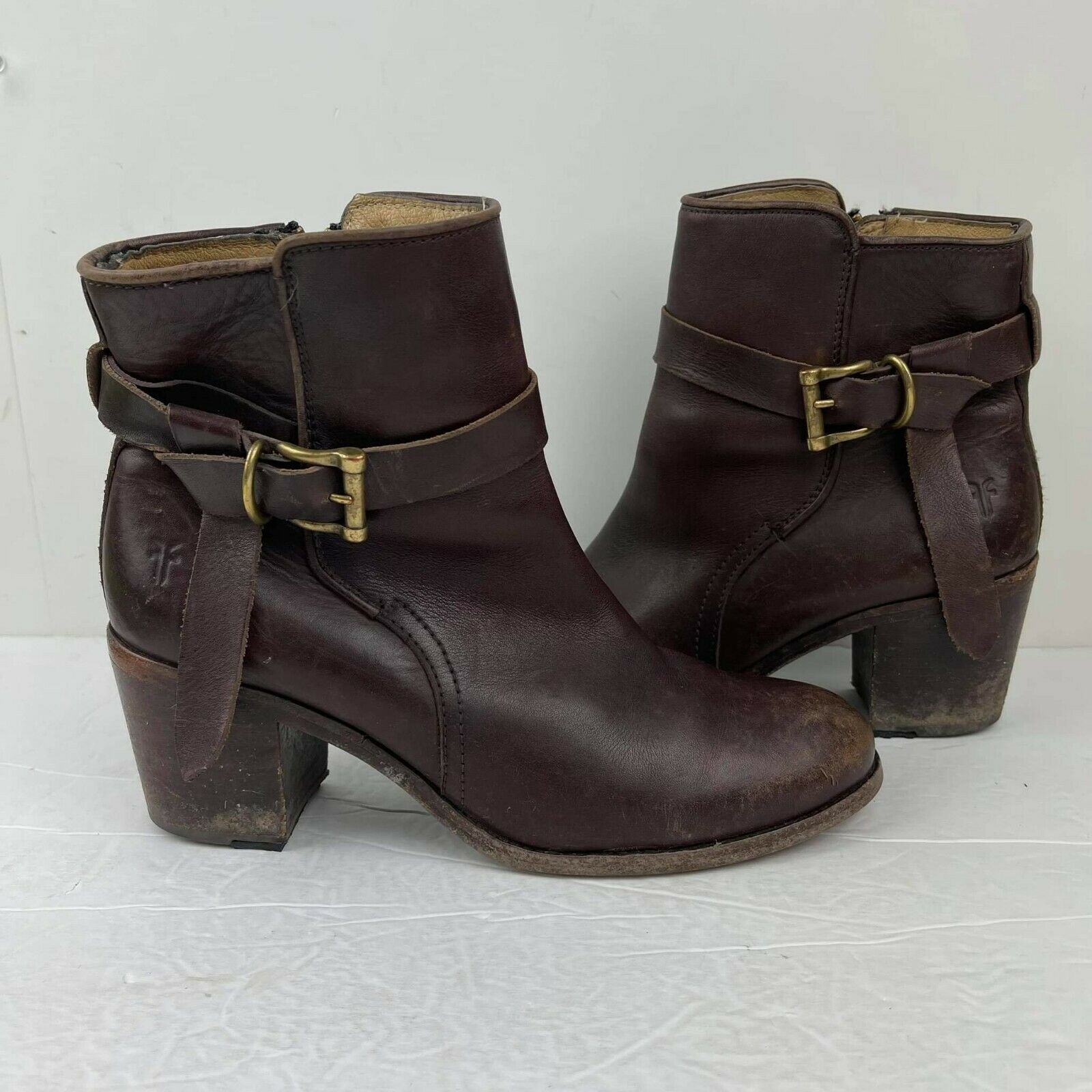 FRYE Women's Melissa Knotted short Boots US 9 B Belted Brown leather Booties