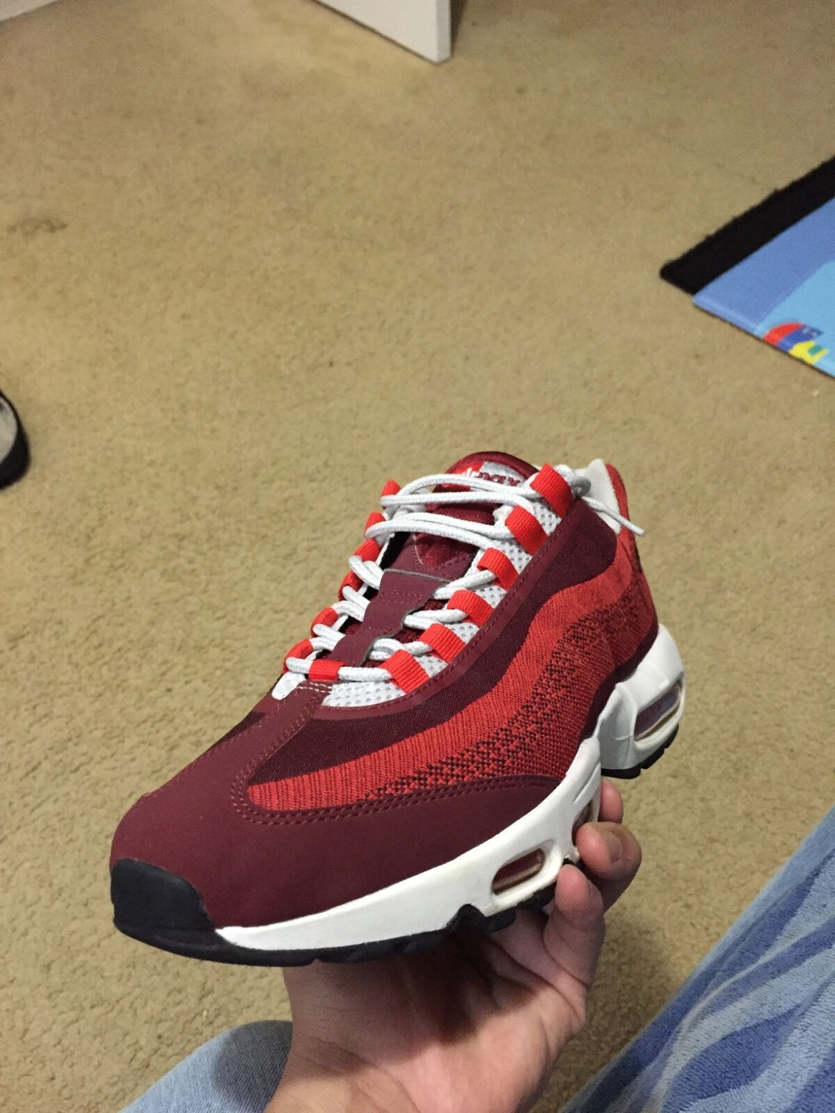 men air maxes sz 10.5 brand new just tired on