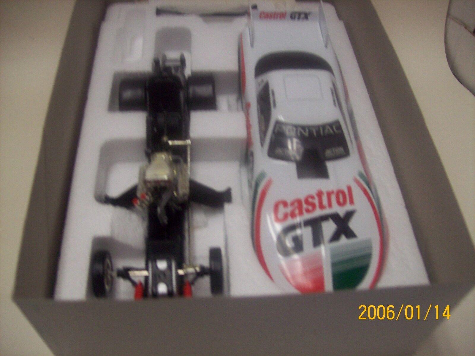 1 24 Action NHRA Funny Car Castrol GTX John Force Platinum Series