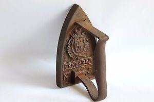 Doorstop French Vintage Flat iron number 5 iron Shabby Chic, Gendarme Film Photo Prop Vintage doorstop Home Decor antique flat iron